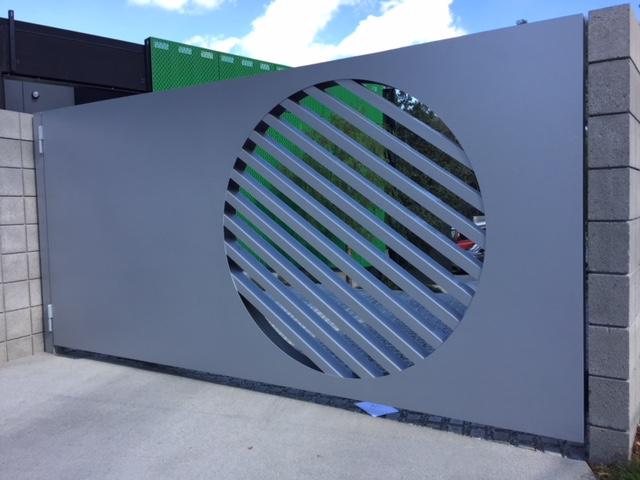 Aluminum Gate Circular Cutout