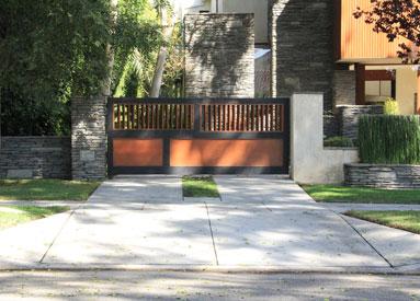 Wood Swing Driveway Gate