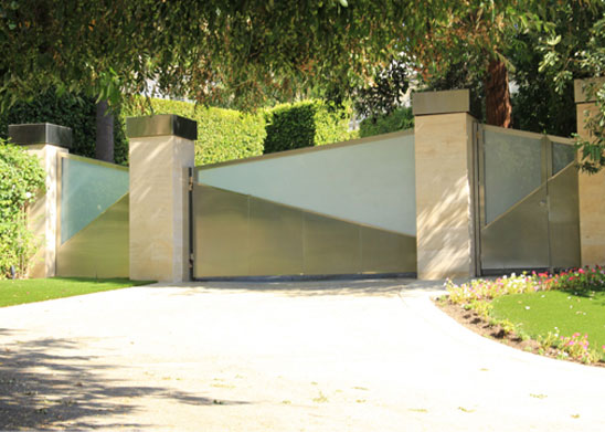 Los Angeles Contemporary Glass Stainless Steel Driveway Gate