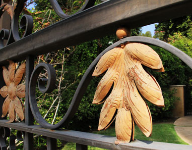 Traditional Wrought Iron Gate Leaf Accent