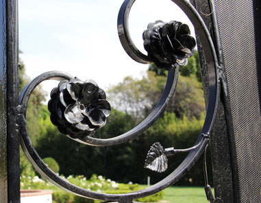 Handmade Flowers Wrought Iron Gate