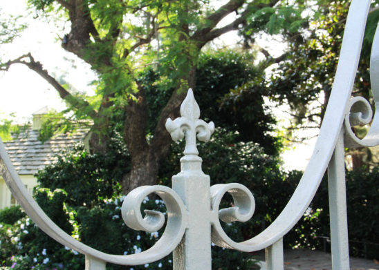 ornate medallion gate toppers