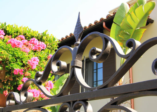 decorative steel gate top