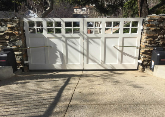 traditional wood dual swing auto gate